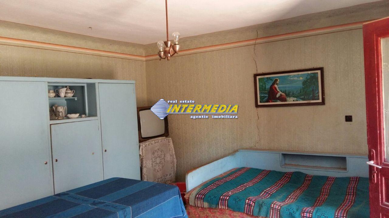 Casa de vanzare zona Ciugud-33460-8