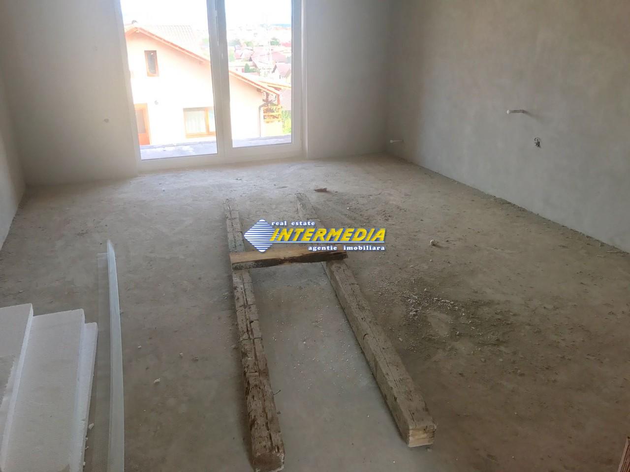 Casa NOUA de vanzare Zona Cetate Alba Iulia-33412-3