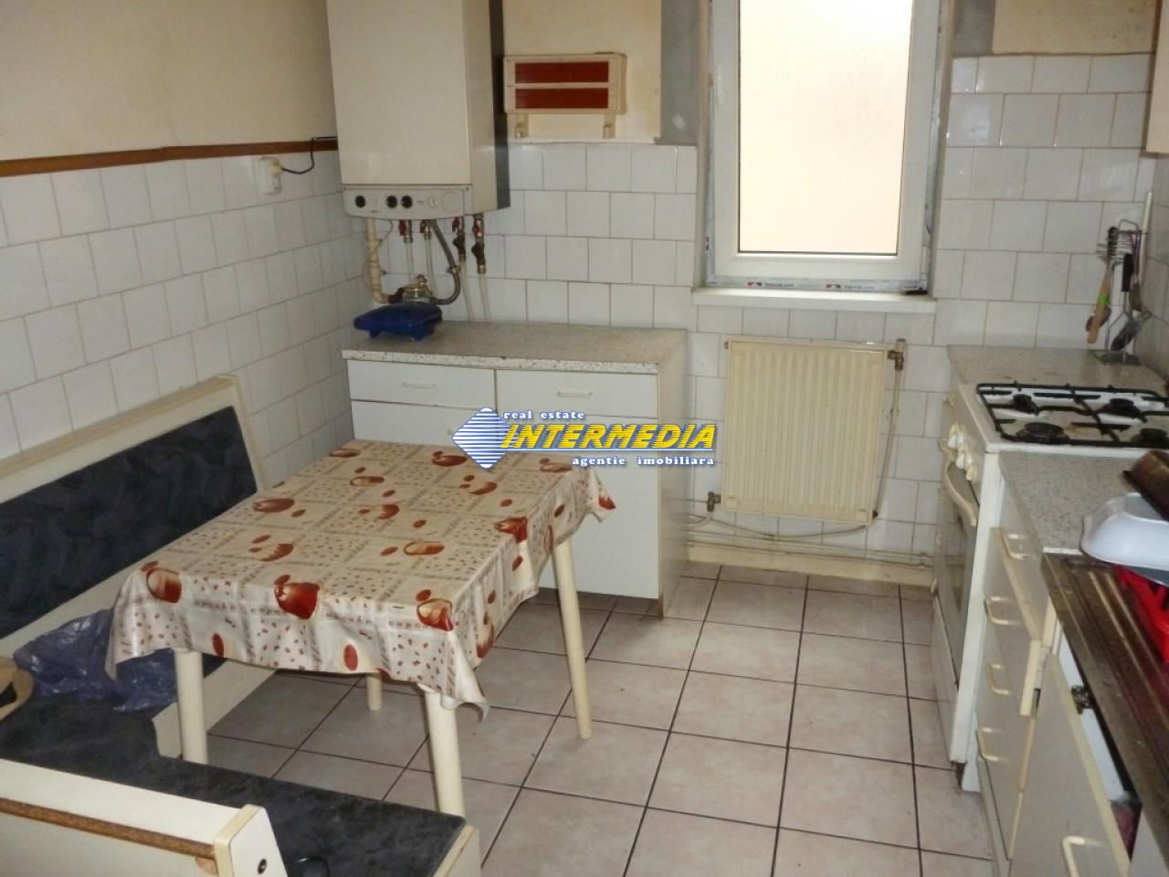 Vanzare Apartament 3 camere Decomandate Alba Ultracentral-22703-6