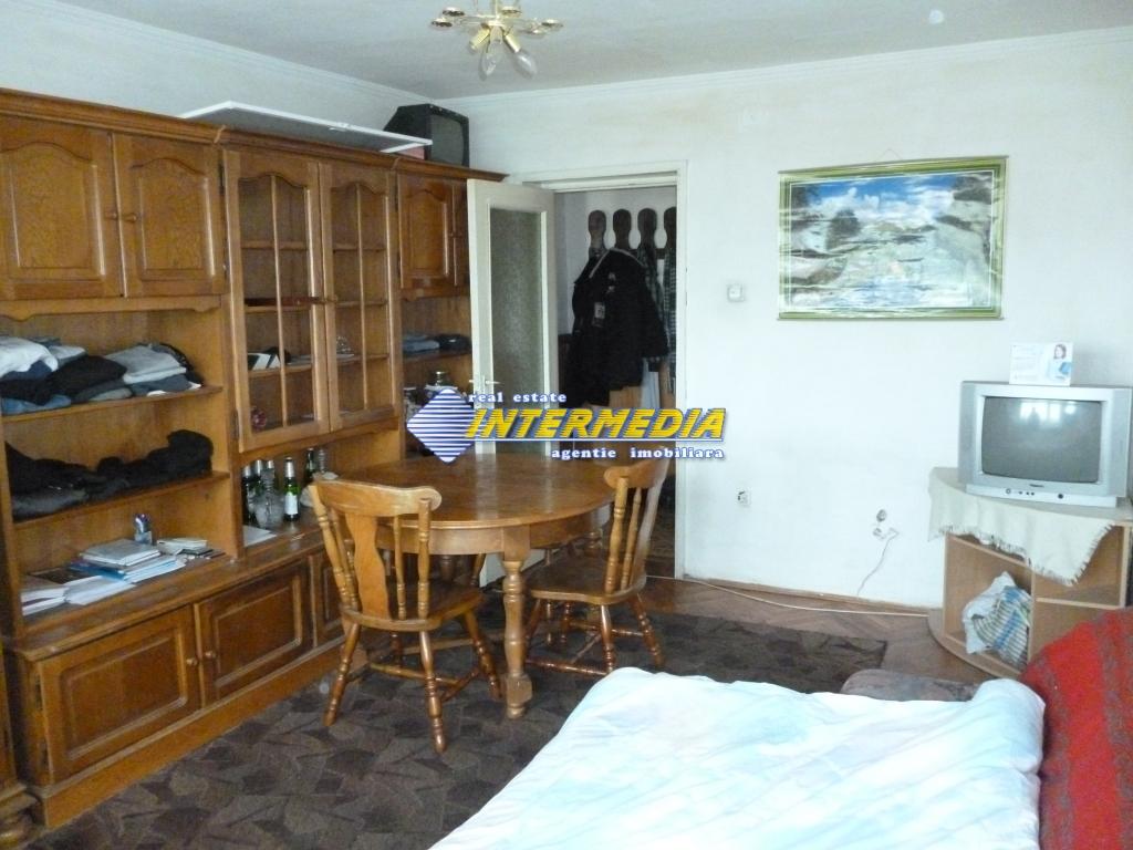 Vanzare Apartament 3 camere Decomandate Alba Ultracentral-22703-2
