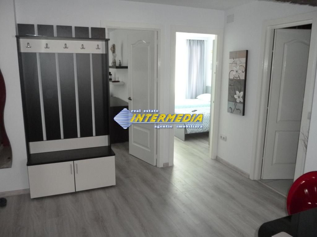 Apartament 4 camere de vanzare Alba Iulia Cetate Carolina 75.000 Euro-25931-4