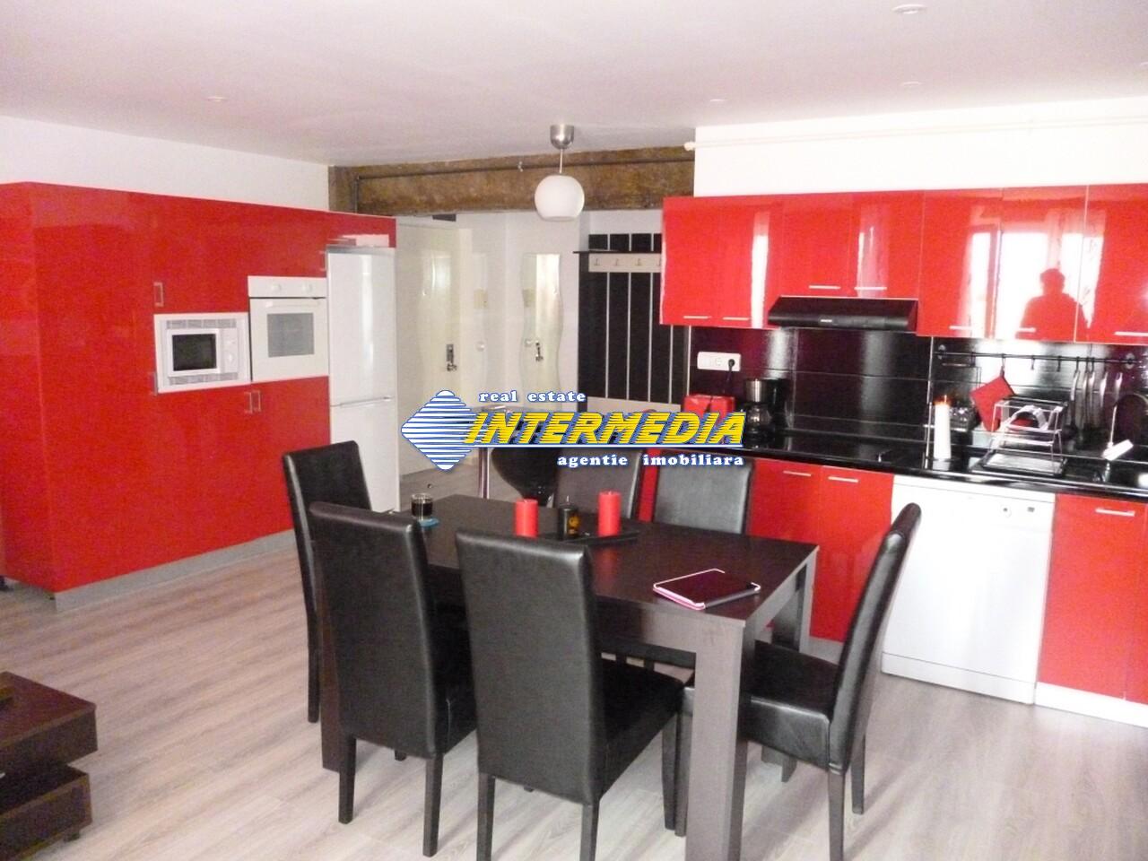Apartament 4 camere de vanzare Alba Iulia Cetate Carolina 75.000 Euro-25931-13