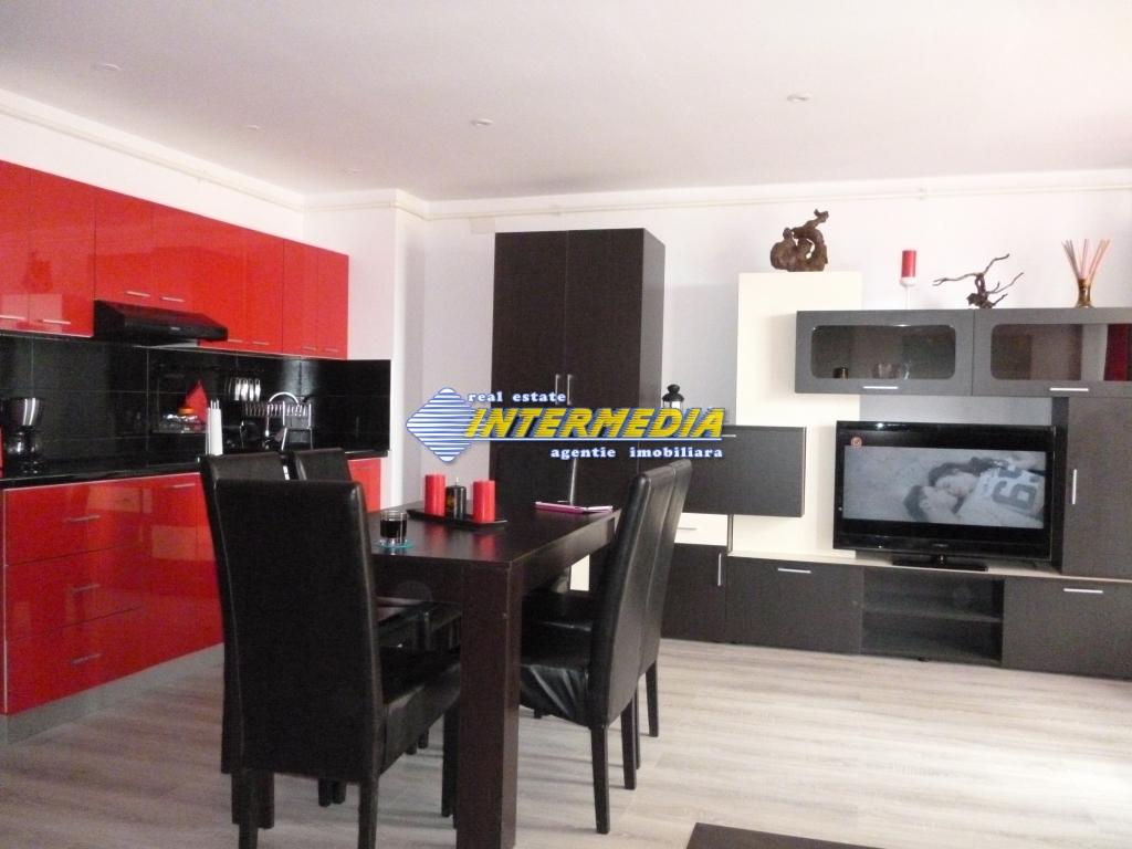Apartament 4 camere de vanzare Alba Iulia Cetate Carolina 75.000 Euro-25931-14