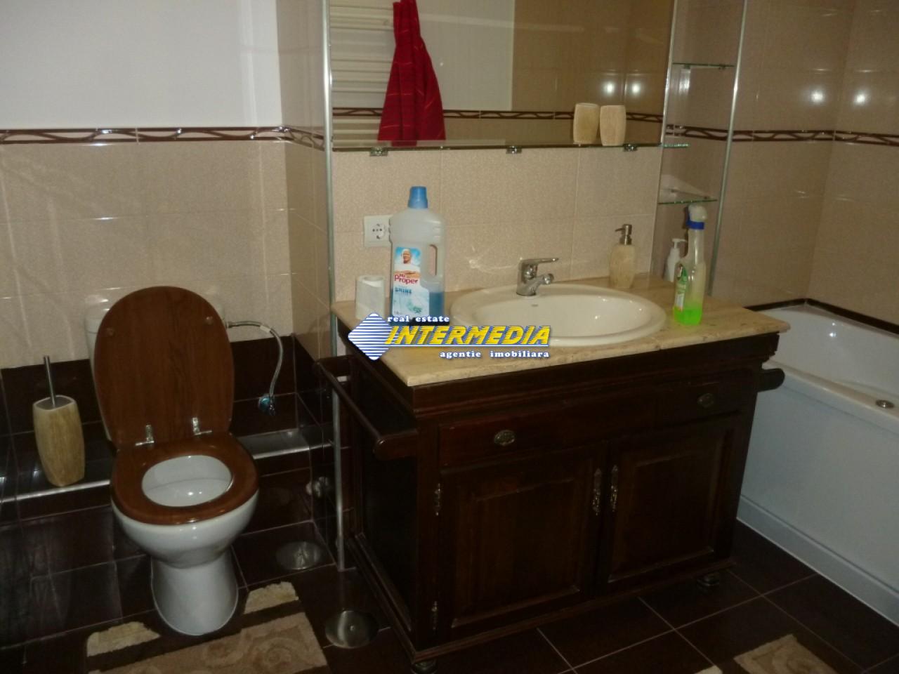 Apartament 4 camere de vanzare Alba Iulia Cetate Carolina 75.000 Euro-25931-3