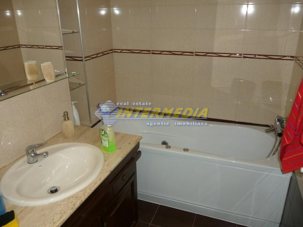 Apartament 4 camere de vanzare Alba Iulia Cetate Carolina 75.000 Euro-25931-15