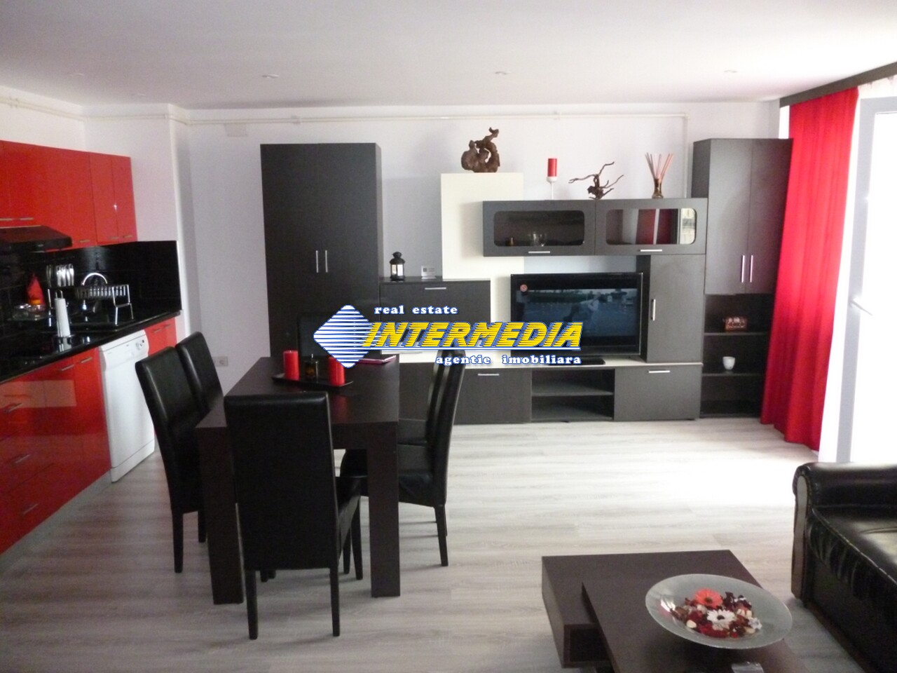Apartament 4 camere de vanzare Alba Iulia Cetate Carolina 75.000 Euro-25931-0