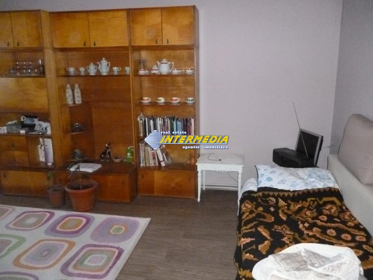 Apartament 2 camere de vanzare  decomandat TOLSTOI Alba Iulia-28308-9
