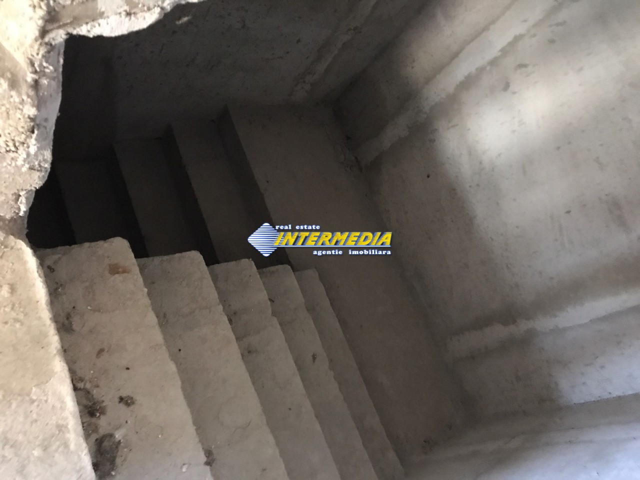 Casa Noua P+M de Vanzare 750 mp Teren in Alba Iulia CETATE-33744-9
