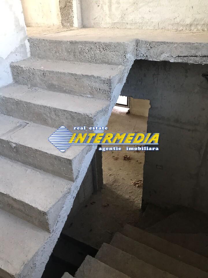 Casa Noua P+M de Vanzare 750 mp Teren in Alba Iulia CETATE-33744-11