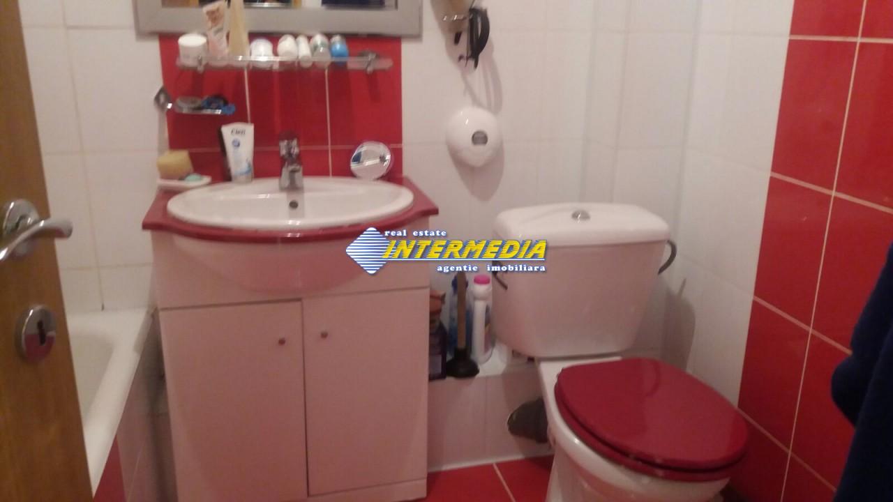 Apartament cu 3 camere Cetate etaj intermediar-33613-3