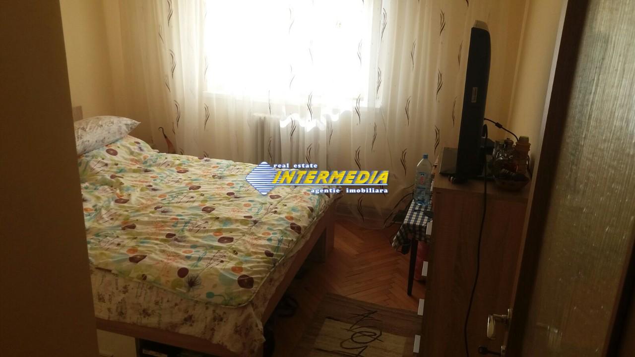 Apartament cu 3 camere Cetate etaj intermediar-33613-2