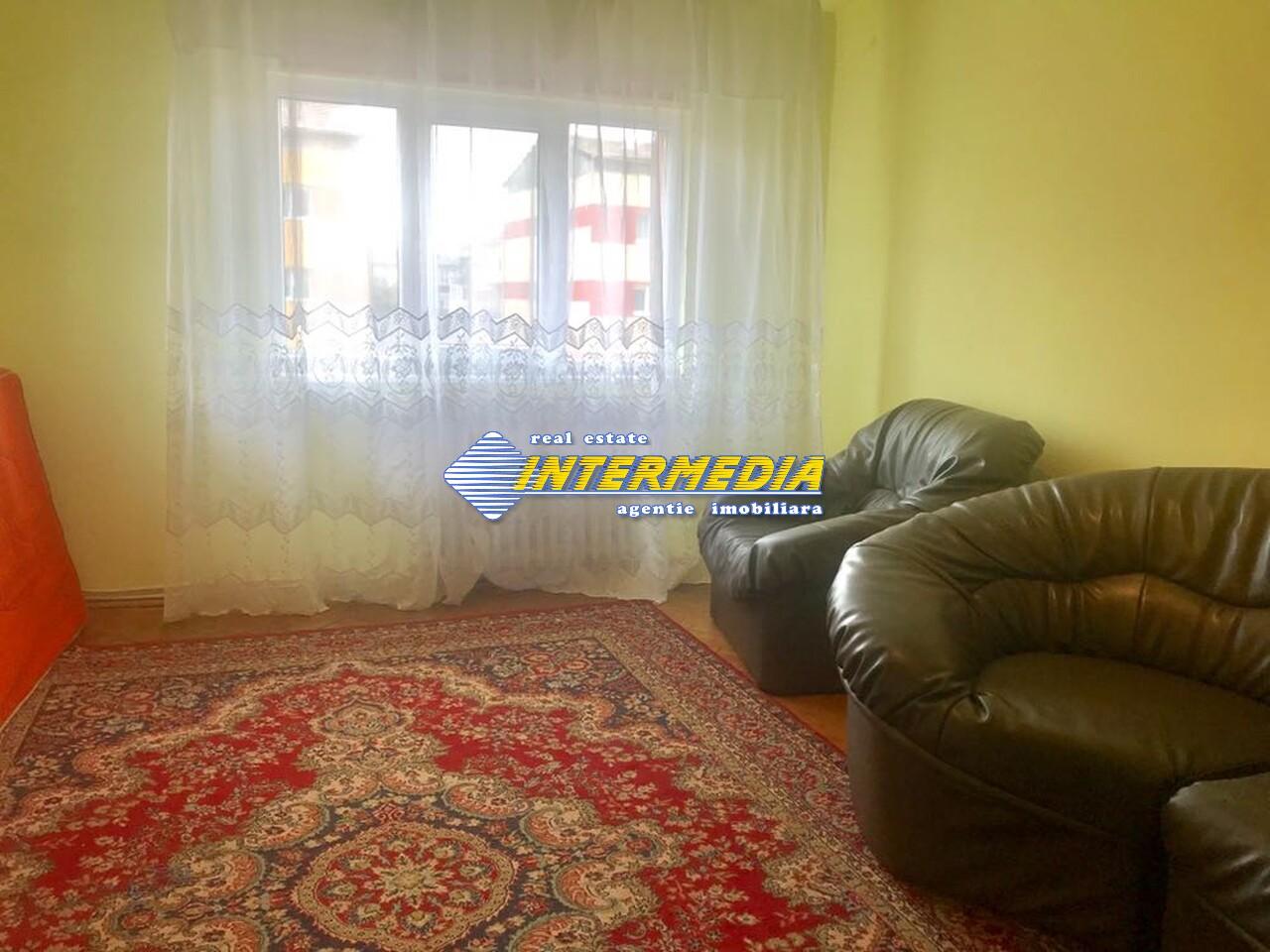 3 camere decomandat de Inchiriat in Cetate Alba Iulia-25574-1