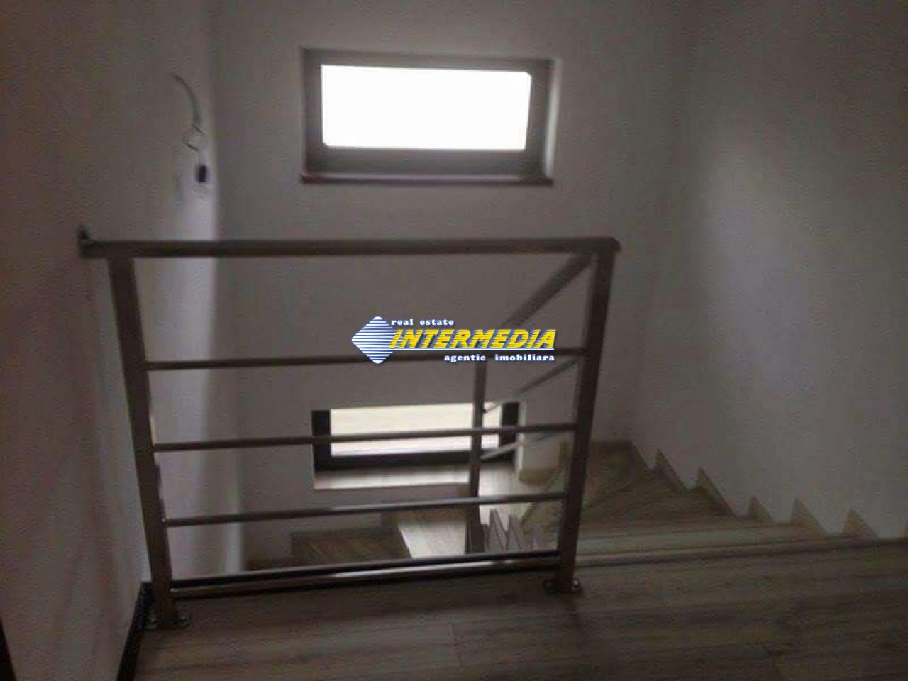 Casa Noua de vanzare zona Oarda-32963-5