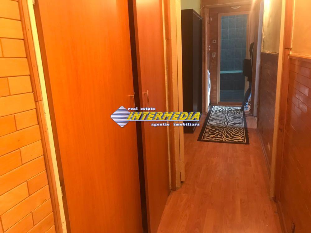 3 camere decomandat de Inchiriat in Cetate Alba Iulia-25574-12
