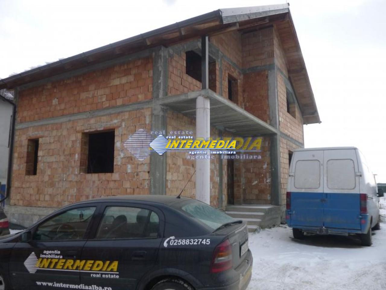 Casa de vanzare Alba Iulia in rosu 40000 Euro-17777-0