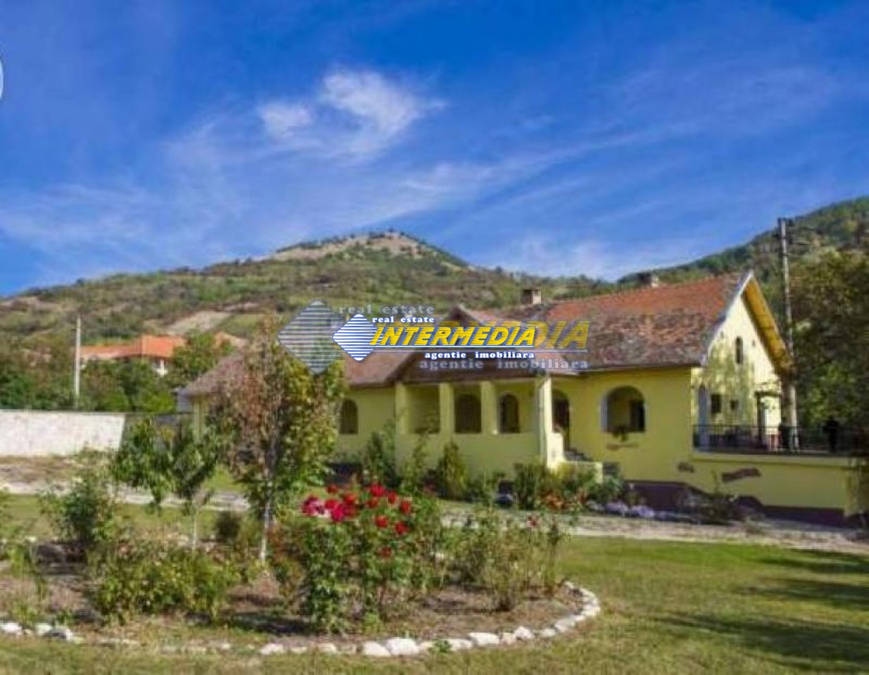 Vila de vanzare Alba, zona IGHIU-16468-0