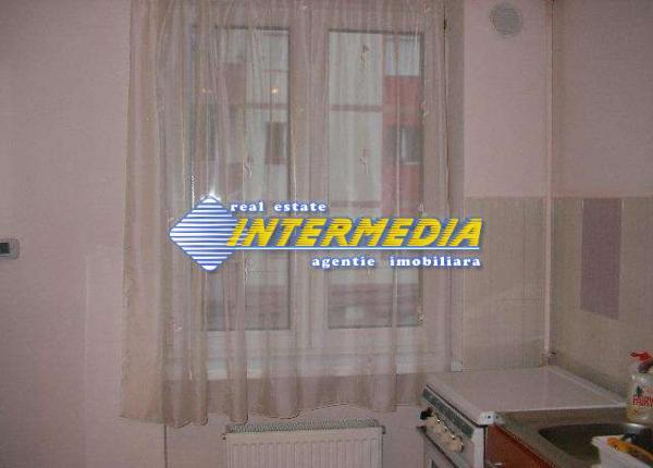 2 camere de inchiriat Centru Alba Iulia-16756-13