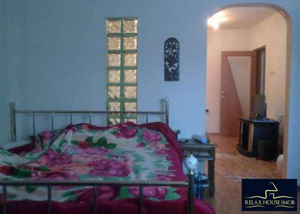 Casa 3 camere in Ploiesti, zona Republicii - 8 Martie-17678-3
