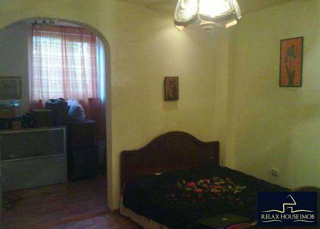 Casa 3 camere in Ploiesti, zona Republicii - 8 Martie-17678-2
