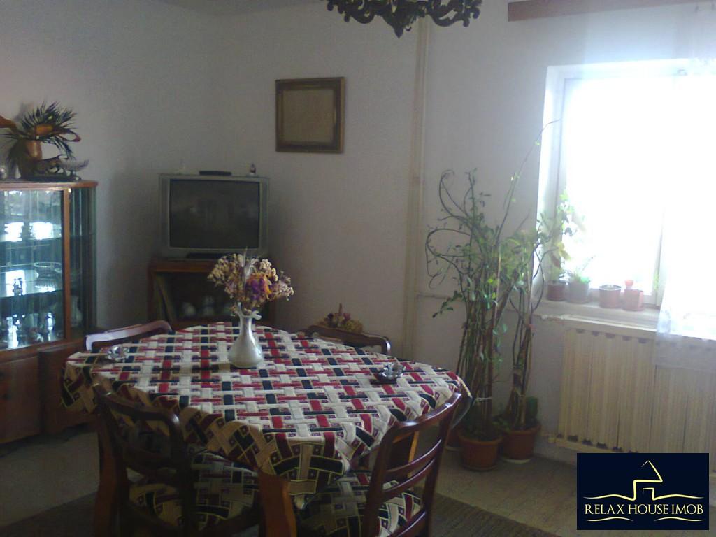 Apartament 4 camere confort 1 decomandat, in Ploiesti, zona ultracentrala – Gh.Doja (BCR)-17669-0