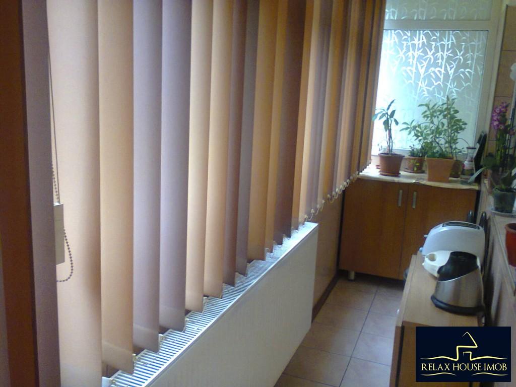 Apartament 4 camere confort 1 decomandat, in Ploiesti, zona Malu Rosu-17687-20