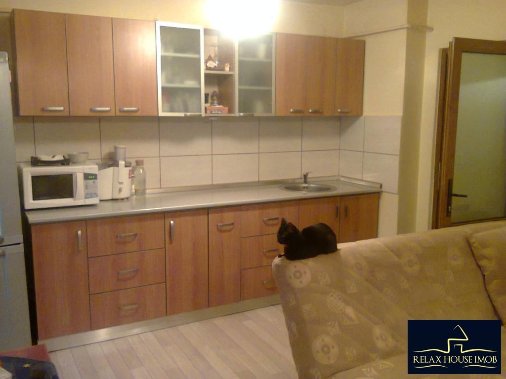 Apartament 4 camere confort 1 decomandat, in Ploiesti, zona Malu Rosu-17687-3