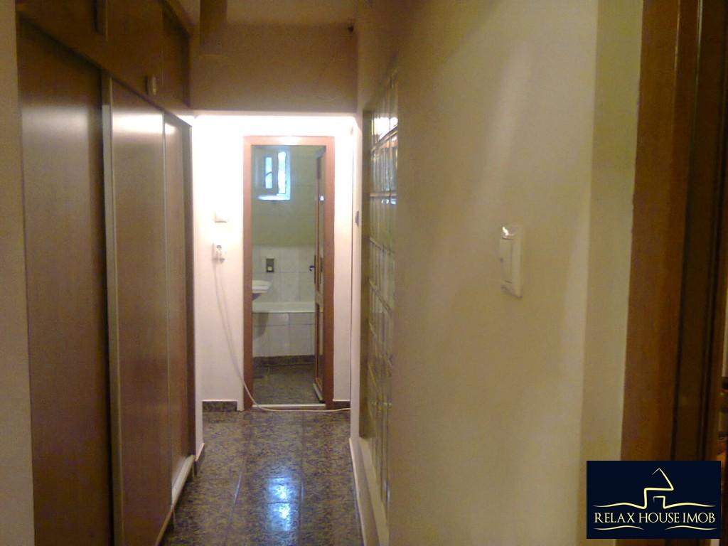 Apartament 4 camere confort 1 decomandat, in Ploiesti, zona Malu Rosu-17687-7