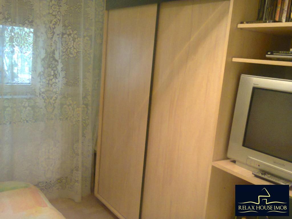 Apartament 4 camere confort 1 decomandat, in Ploiesti, zona Malu Rosu-17687-9