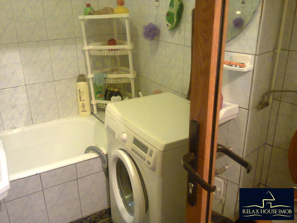 Apartament 4 camere confort 1 decomandat, in Ploiesti, zona Malu Rosu-17687-11