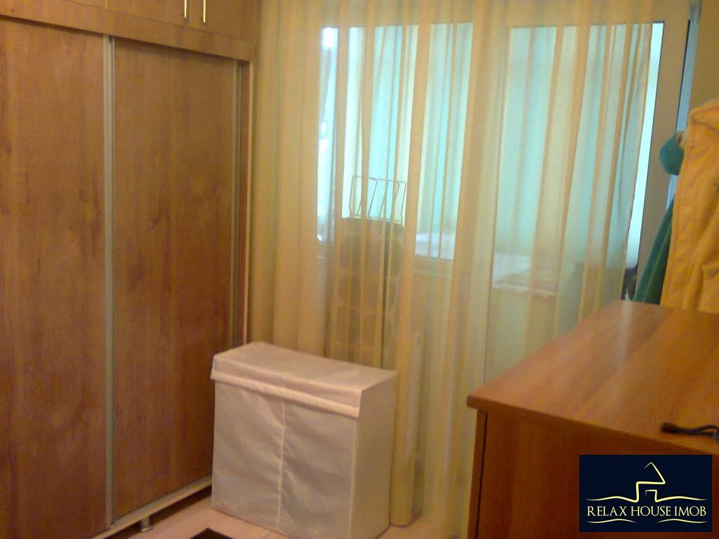 Apartament 4 camere confort 1 decomandat, in Ploiesti, zona Malu Rosu-17687-12