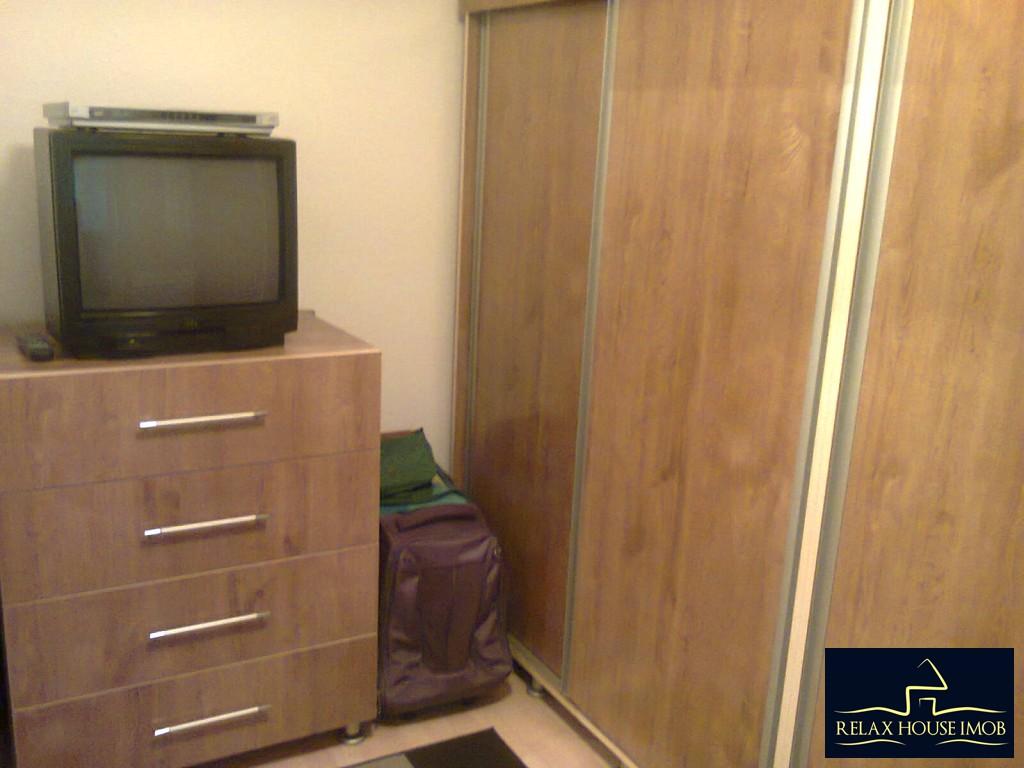 Apartament 4 camere confort 1 decomandat, in Ploiesti, zona Malu Rosu-17687-14