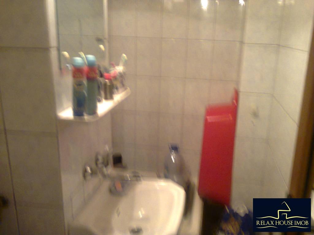 Apartament 4 camere confort 1 decomandat, in Ploiesti, zona Malu Rosu-17687-15