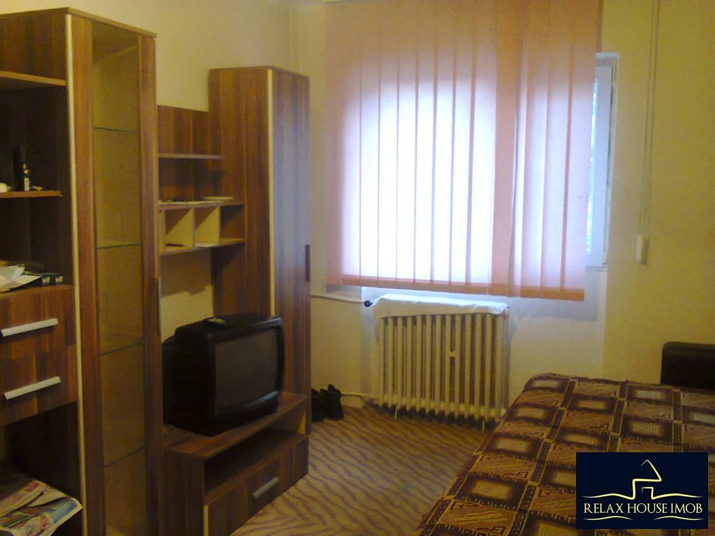 Apartament 2 camere confort 1 decomandat , in Ploiesti, zona Vest, pe Aleea Varbilau-17827-0