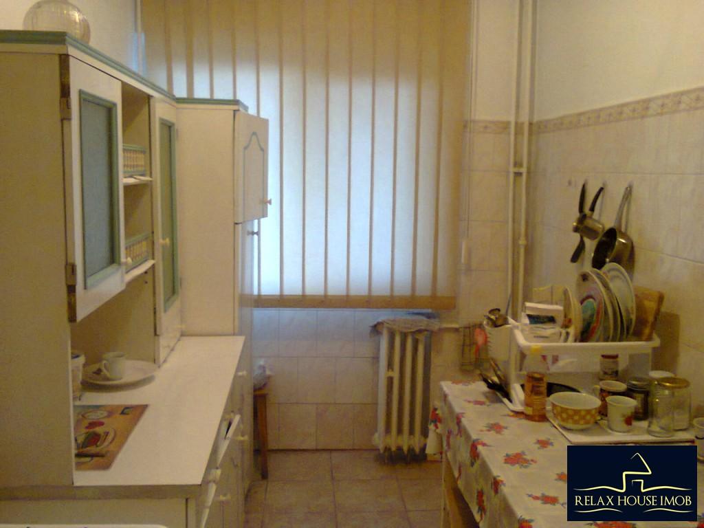 Apartament 2 camere confort 1 decomandat , in Ploiesti, zona Vest, pe Aleea Varbilau-17827-2
