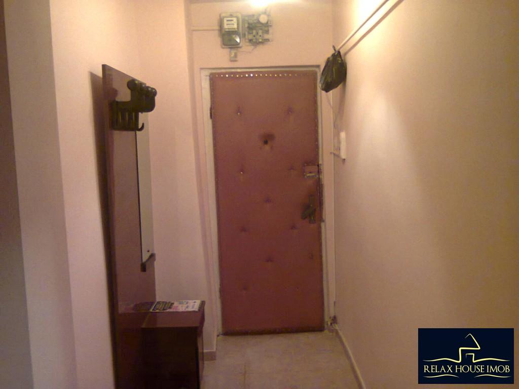 Apartament 2 camere confort 1 decomandat , in Ploiesti, zona Vest, pe Aleea Varbilau-17827-4