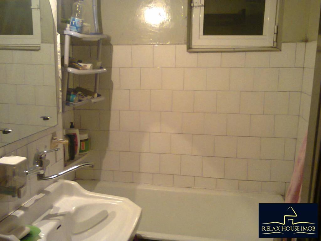 Apartament 3 camere confort 2A semidecomandat, in Ploiesti, zona Malu Rosu - Deltei-17860-13