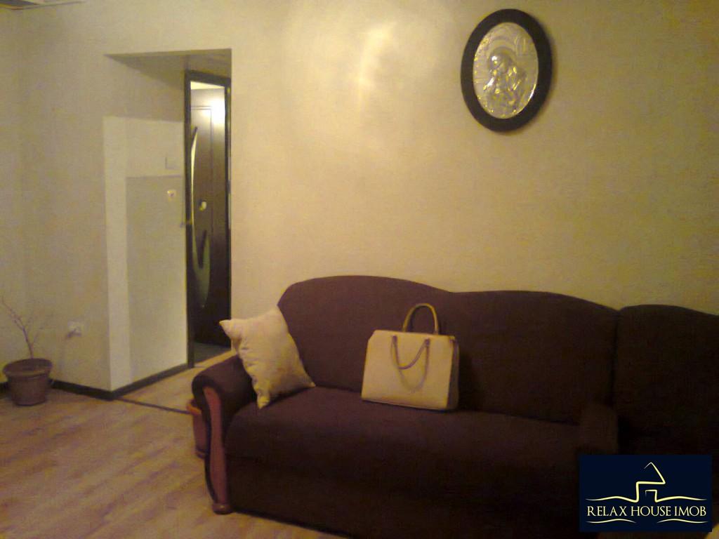 Apartament 3 camere confort 2A semidecomandat, in Ploiesti, zona Malu Rosu - Deltei-17860-2