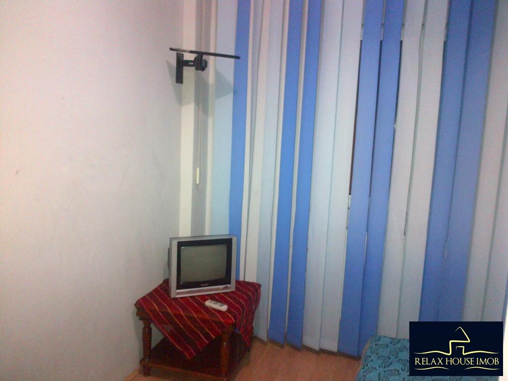 Apartament 2 camere confort 1 semidecomandat, in Ploiesti, zona Malu Rosu stradal-17686-3