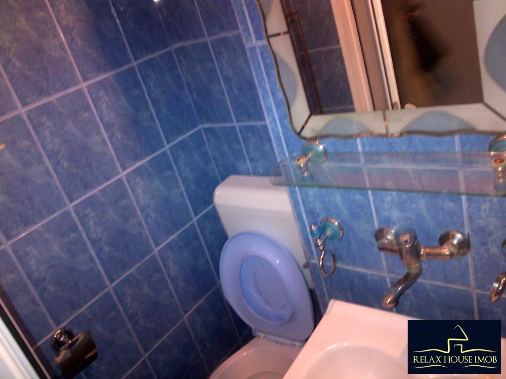 Apartament 2 camere confort 1 semidecomandat, in Ploiesti, zona Malu Rosu stradal-17686-11