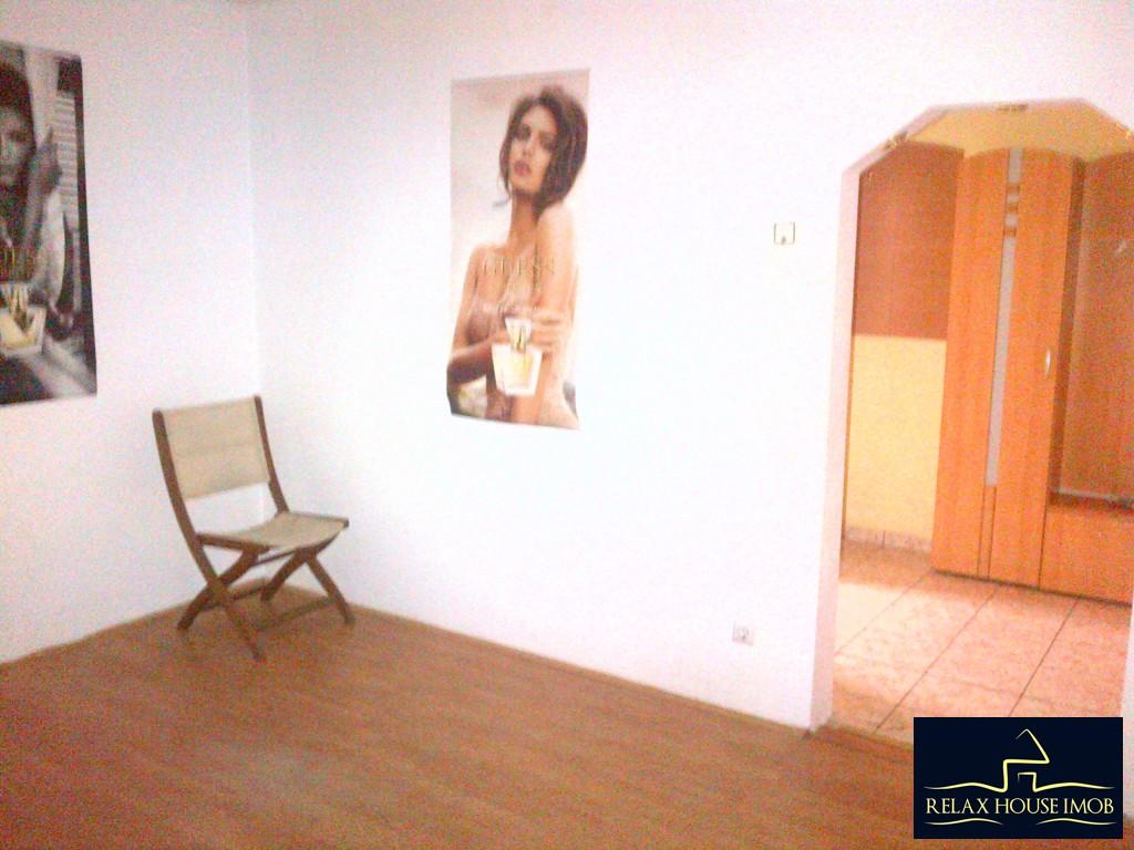 Apartament 2 camere confort 1 semidecomandat, in Ploiesti, zona Malu Rosu stradal-17686-0