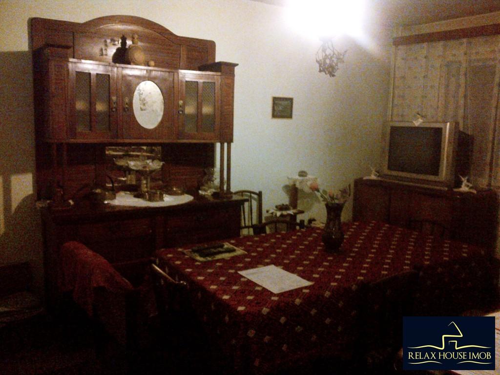 Apartament 4 camere, confort 1 decomandat, in Ploiesti, zona Malu Rosu - Sg. Erou Gh. Mateescu-19362-0
