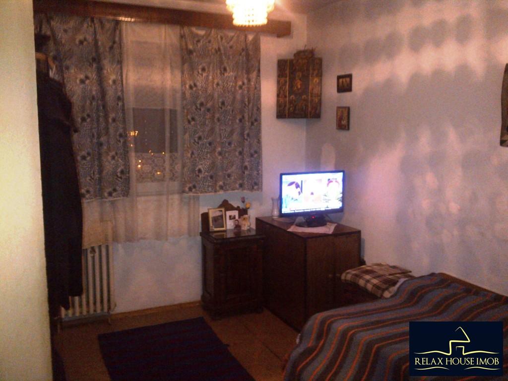 Apartament 4 camere, confort 1 decomandat, in Ploiesti, zona Malu Rosu - Sg. Erou Gh. Mateescu-19362-1