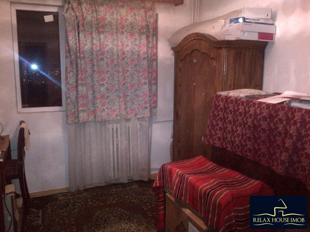 Apartament 4 camere, confort 1 decomandat, in Ploiesti, zona Malu Rosu - Sg. Erou Gh. Mateescu-19362-3