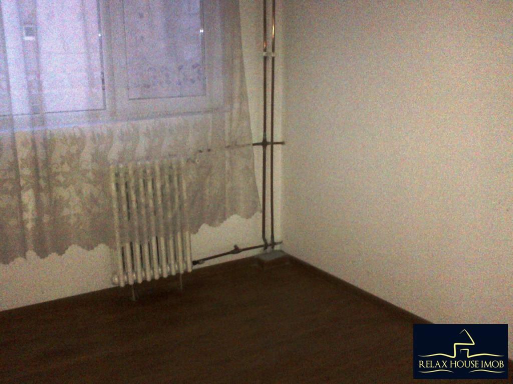 Apartament 4 camere, confort 2, semidecomandat, in Ploiesti, zona Malu Rosu – piata-19332-2