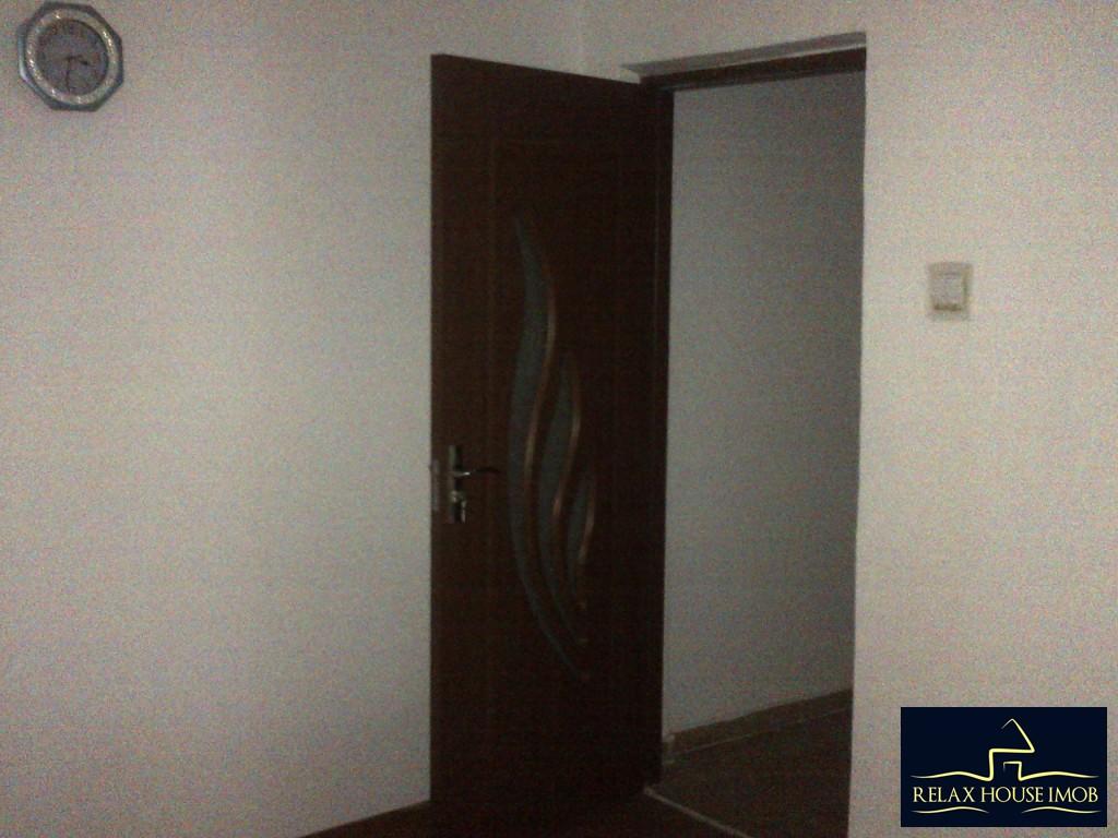 Apartament 4 camere, confort 2, semidecomandat, in Ploiesti, zona Malu Rosu – piata-19332-6