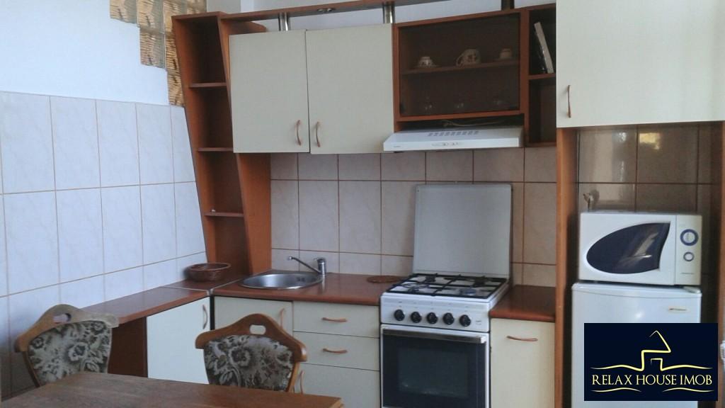 Casa cu 4 camere in Ploiesti, zona centrala a orasului.-19537-9