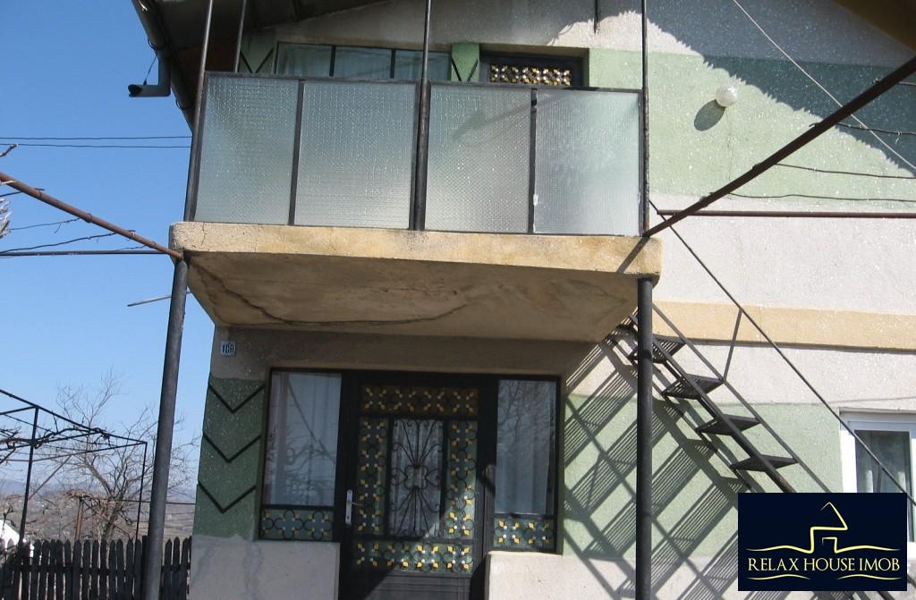 Casa, p+1, in comuna Pacureti, la 30 Km de Ploiesti-17677-7