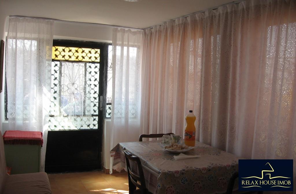 Casa, p+1, in comuna Pacureti, la 30 Km de Ploiesti-17677-9