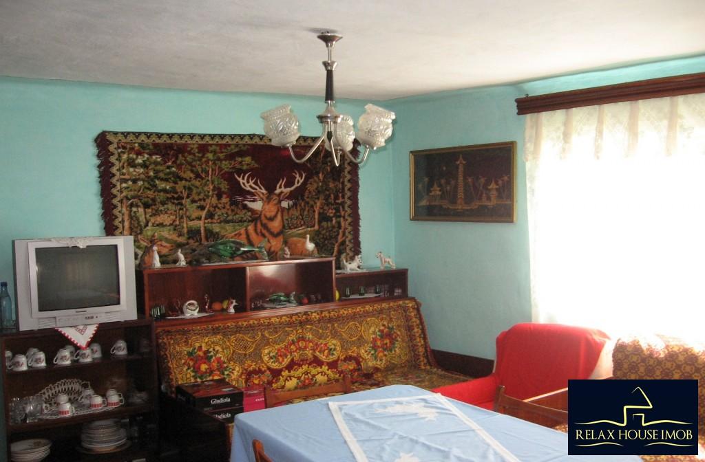 Casa, p+1, in comuna Pacureti, la 30 Km de Ploiesti-17677-11