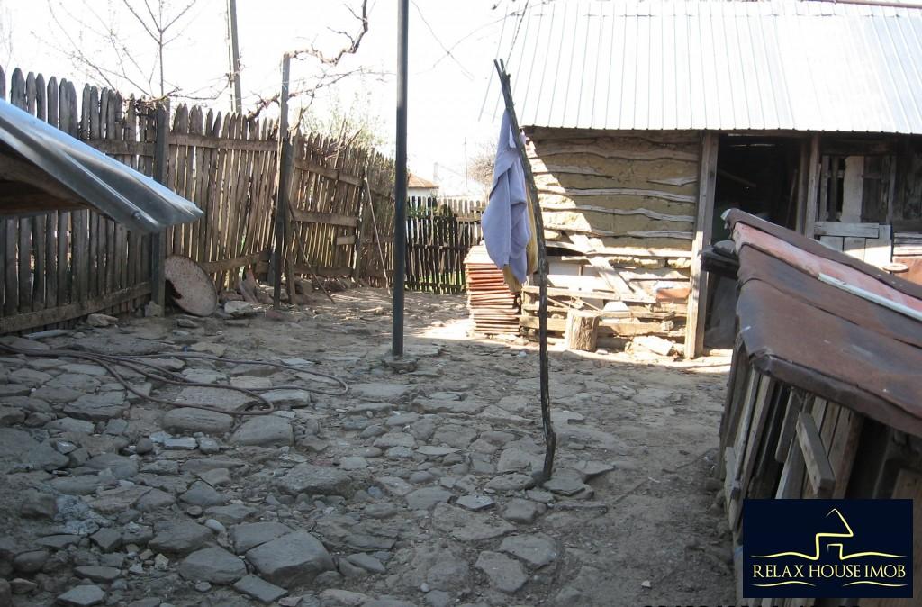 Casa, p+1, in comuna Pacureti, la 30 Km de Ploiesti-17677-20